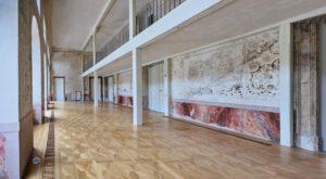 Kulturdenkmal Grafenbau, Ludwigsburg, Großer Saal mit restaurierten Wand-Ornamenten
