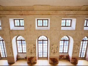 Kulturdenkmal Grafenbau, Ludwigsburg, Blick von der Empore in den großen Saal